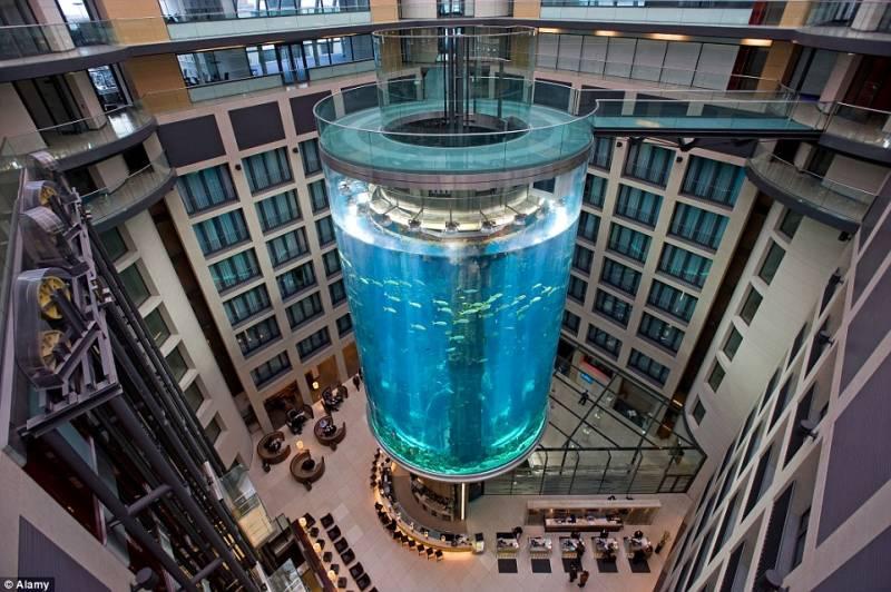 aquadom-radisson-hotel-berlino-12-696979